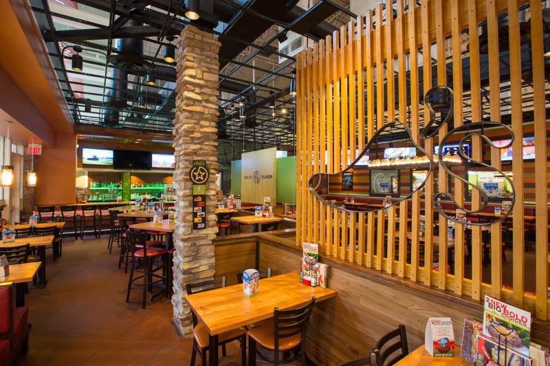 Interior restaurant photography of a chilis bar and grill